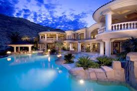 rich people house